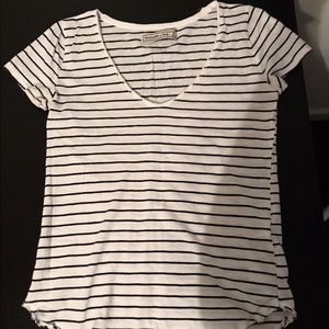 Abercrombie&Fitch white & black stripped shirt